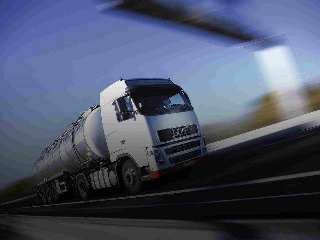 http://www.airswift.ae/wp-content/uploads/2015/09/White-Truck-single-640x480.jpg