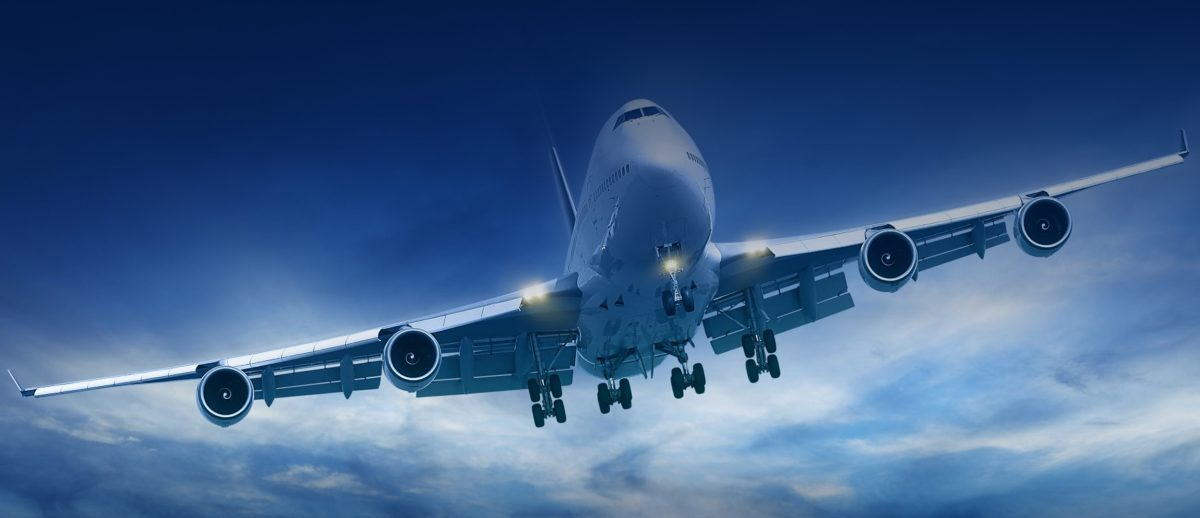 http://www.airswift.ae/wp-content/uploads/2015/10/plane-1-1200x518.jpg